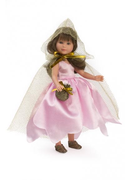 Селия Хада Роза с золотой накидкой