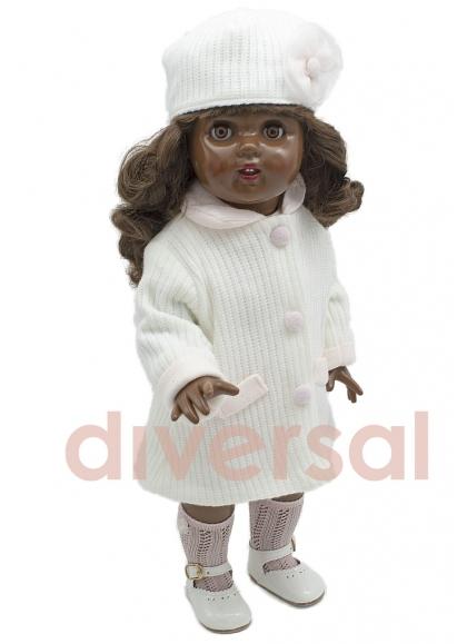 Mariquita Perez With White Knit Coat Set