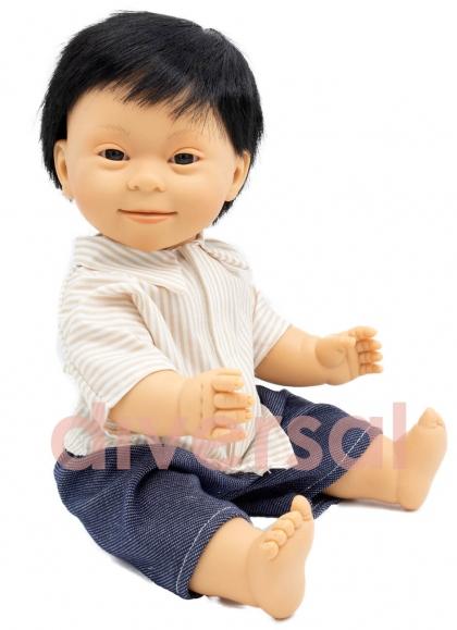 Niño Asiatico Sindrome Down 40 cm
