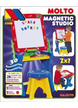 Tisch mit Magnetischer Buchstaben-und Filzstiften
